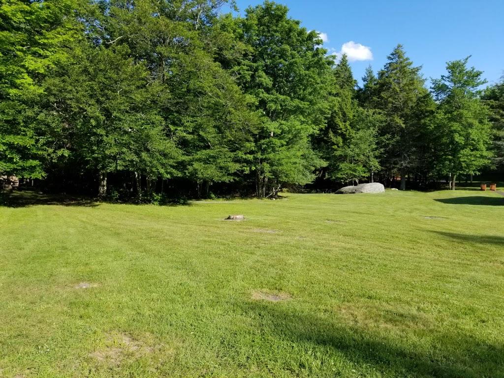Koson Bungalows - lodging  | Photo 10 of 10 | Address: 389 Riverside Dr, Fallsburg, NY 12733, USA | Phone: (845) 436-8021