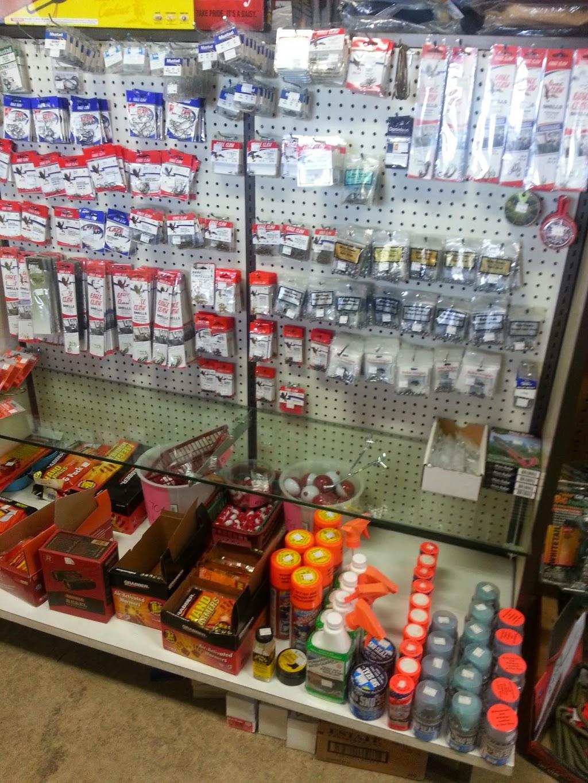 Gumpys Creekside Cabin - shoe store  | Photo 2 of 10 | Address: 2861 PA-42, Millville, PA 17846, USA | Phone: (570) 458-5131
