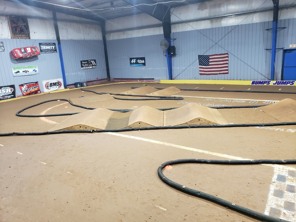 Bumps & Jumps Rc Speedway - store  | Photo 8 of 10 | Address: 643 Old York Rd, Goldsboro, PA 17319, USA | Phone: (717) 932-3000