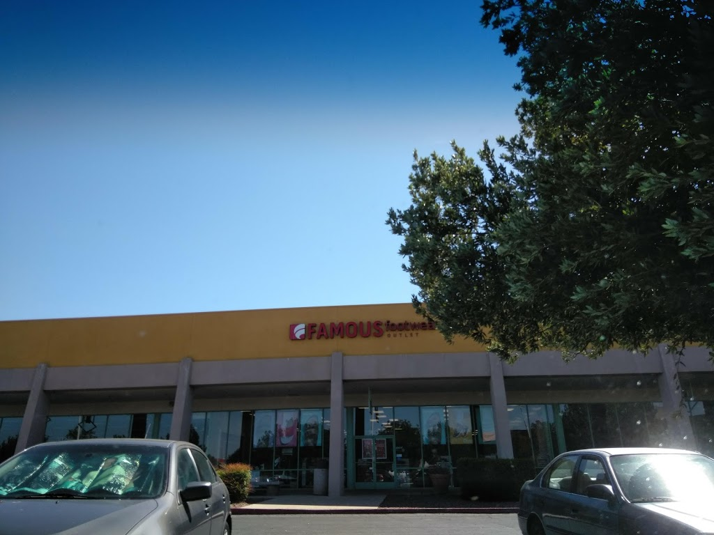 Famous Footwear Outlet - shoe store  | Photo 3 of 7 | Address: FACTORY STORES, 44920 Valley Central Way SUITE 103, Lancaster, CA 93536, USA | Phone: (661) 802-0384