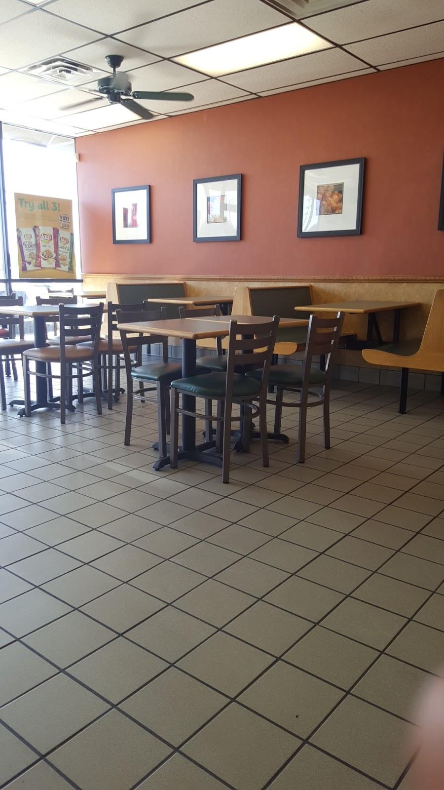 Subway Restaurants - restaurant    Photo 4 of 10   Address: 109 W Ovilla Rd, Red Oak, TX 75154, USA   Phone: (972) 230-7850