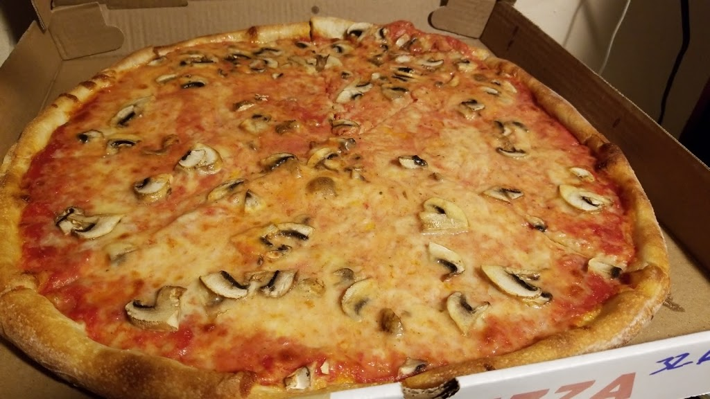 Leos Pizza - meal delivery  | Photo 10 of 10 | Address: 31-01 36th Ave, Astoria, NY 11106, USA | Phone: (718) 721-8700