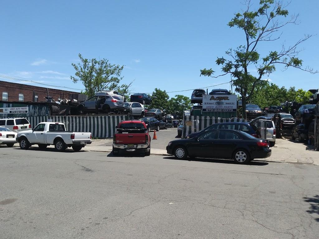 Boss Salvage - car repair  | Photo 5 of 10 | Address: 257 - 259 Emmet St, Newark, NJ 07114, USA | Phone: (973) 242-0373
