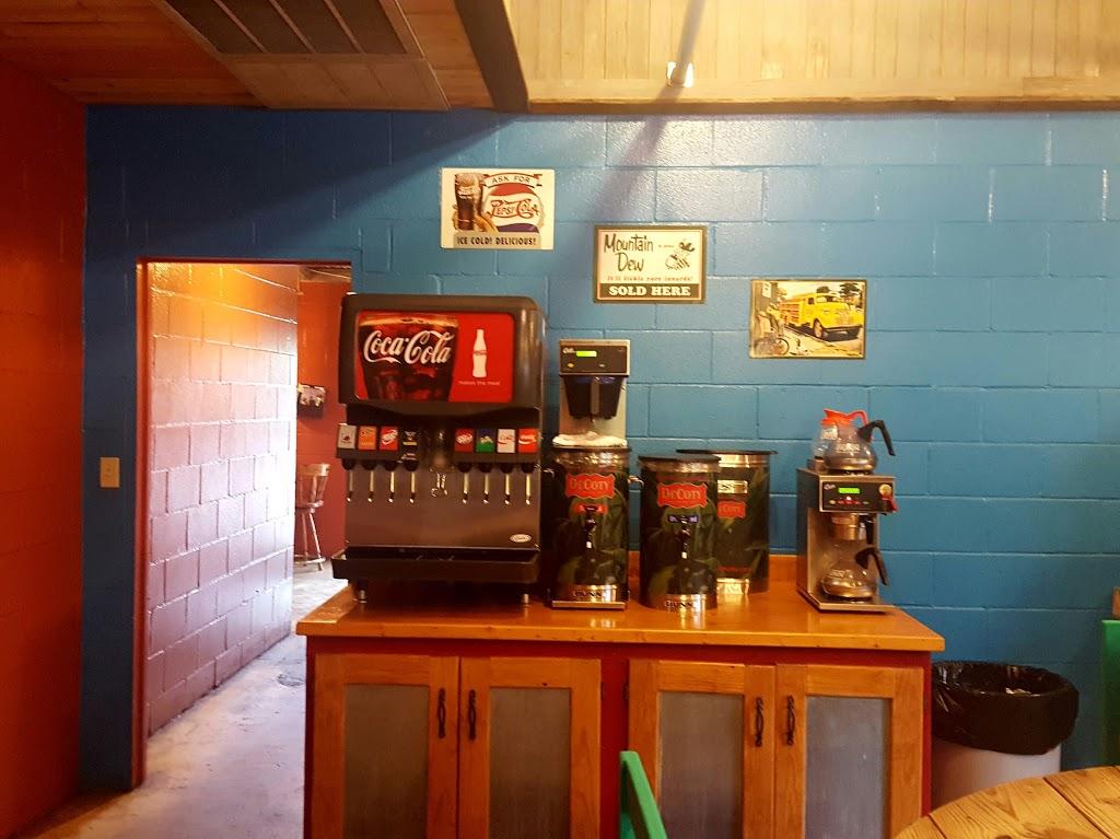 Ziggys Roadside BBQ - restaurant  | Photo 6 of 10 | Address: 120 U.S. Hwy 90 Street, Brackettville, TX 78832, USA | Phone: (830) 563-9293