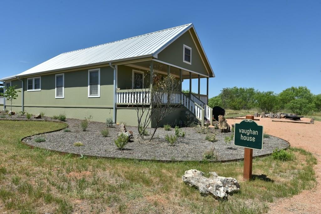Gladheart - lodging    Photo 9 of 10   Address: 430 Glad Heart Trail, Fredericksburg, TX 78624, USA   Phone: (830) 307-8205