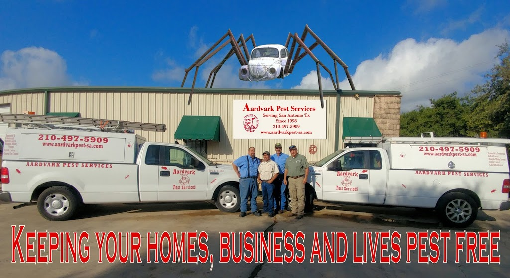 Aardvark Pest Services - home goods store  | Photo 1 of 4 | Address: 13127 Lookout Way, San Antonio, TX 78233, USA | Phone: (210) 497-5909