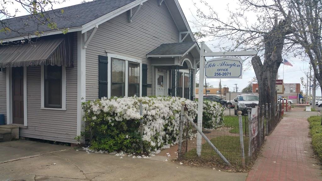 Gulf Station Cafe - cafe    Photo 3 of 10   Address: 1040 San Antonio Ave, Many, LA 71449, USA   Phone: (318) 273-2233