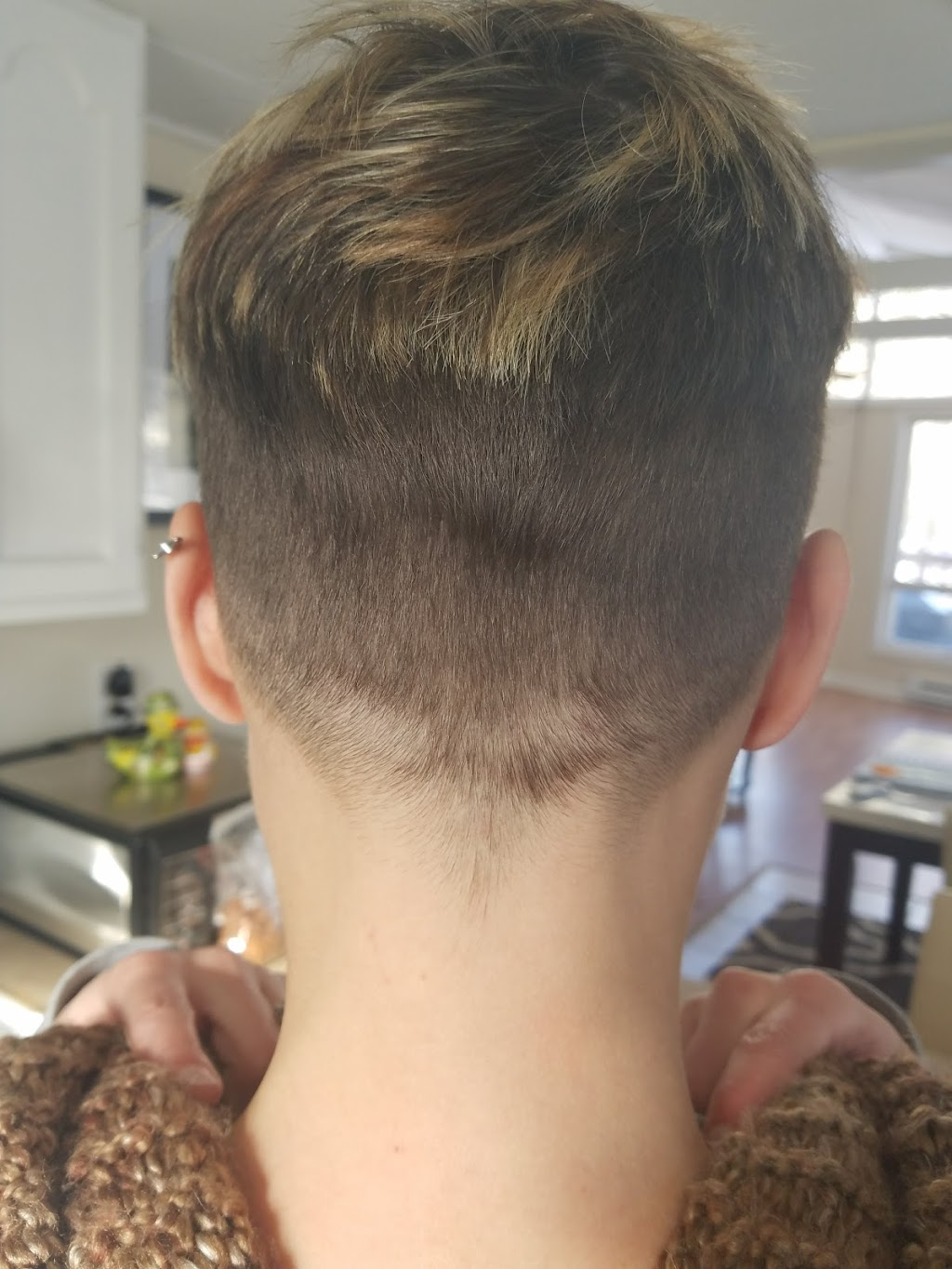 Buzz Cutz Salon and Spa - hair care    Photo 3 of 10   Address: 1831 PA-739, Dingmans Ferry, PA 18328, USA   Phone: (570) 828-7903