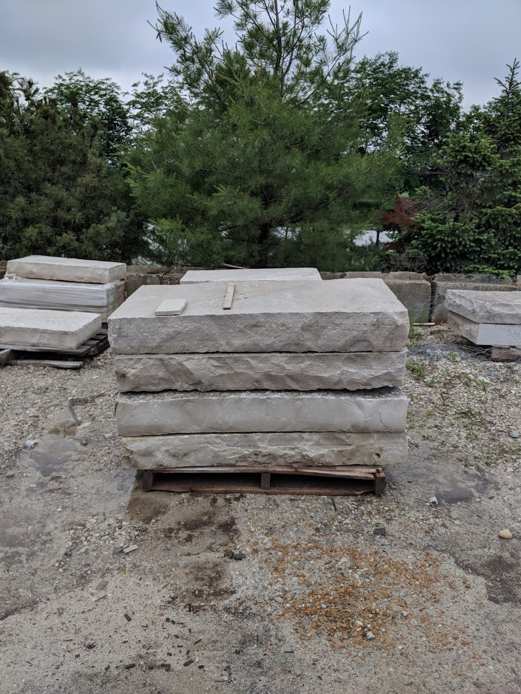 Lurvey Landscape Supply - store    Photo 8 of 10   Address: 30560 N Russell Dr, Volo, IL 60073, USA   Phone: (815) 363-4420