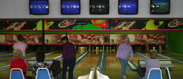 French King Bowling Center and Storage Facilities - bowling alley  | Photo 8 of 10 | Address: 55 French King Hwy, Erving, MA 01344, USA | Phone: (413) 423-3047