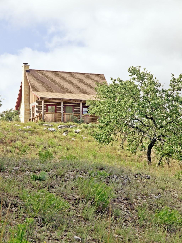 Agarita Creek Farms - lodging  | Photo 8 of 10 | Address: 968 Braeutigam Road, Fredericksburg, TX 78624, USA | Phone: (830) 992-5283