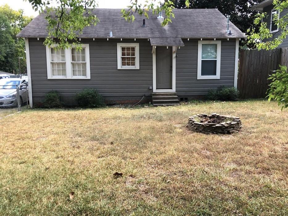 Barham Properties - real estate agency    Photo 7 of 10   Address: 924 N University Dr, Nacogdoches, TX 75961, USA   Phone: (936) 559-7304