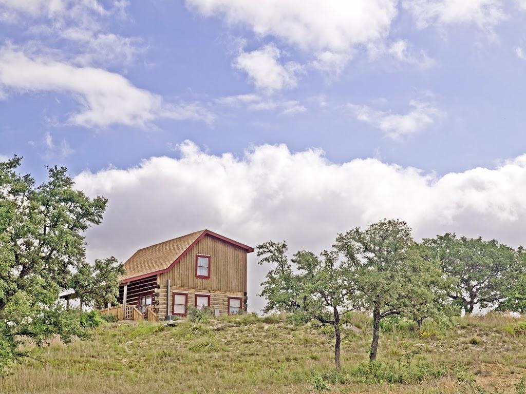 Agarita Creek Farms - lodging  | Photo 6 of 10 | Address: 968 Braeutigam Road, Fredericksburg, TX 78624, USA | Phone: (830) 992-5283