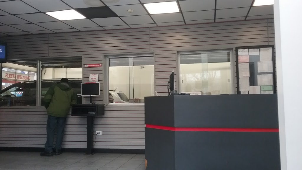 Valvoline Instant Oil Change - car repair  | Photo 9 of 10 | Address: 1229 Yonkers Ave, Yonkers, NY 10704, USA | Phone: (914) 776-0639