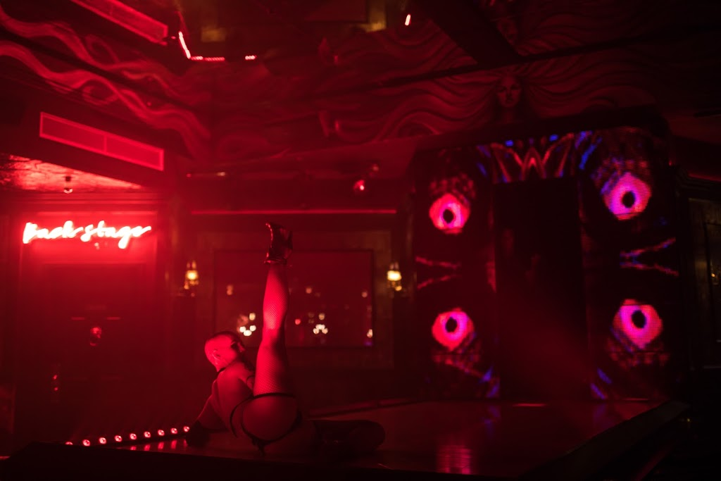 Veil | night club | 680 12th Ave, New York, NY 10019, USA | 2124215469 OR +1 212-421-5469