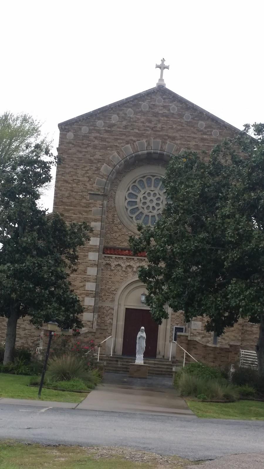 St Marys Church - church    Photo 1 of 10   Address: 816 Park Dr, La Porte, TX 77571, USA   Phone: (281) 471-2000