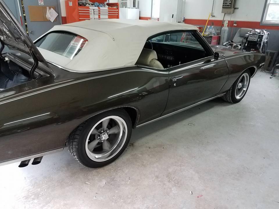 Allied Auto Body - car repair  | Photo 2 of 10 | Address: 438 Big Spring Rd, New Cumberland, PA 17070, USA | Phone: (717) 938-0130