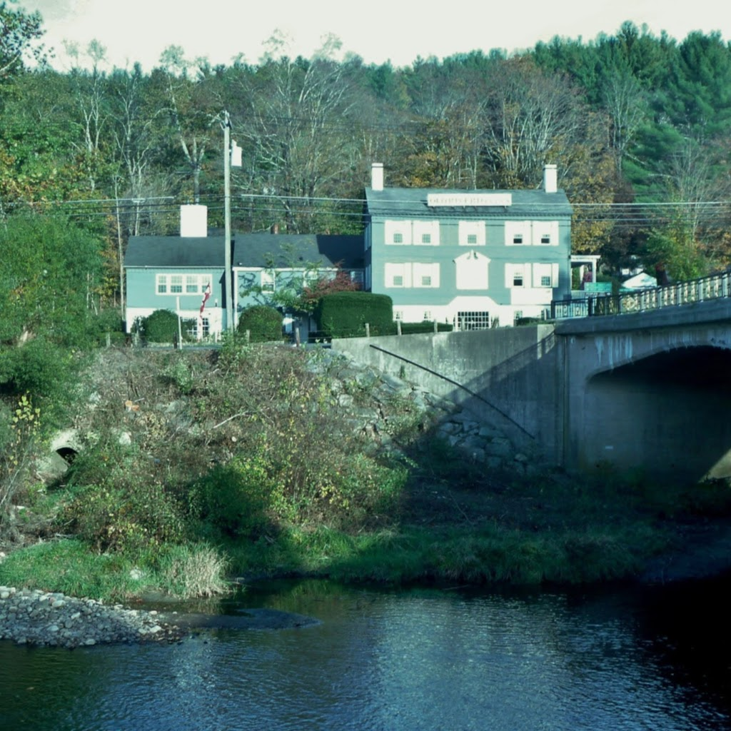 Old Riverton Inn - lodging  | Photo 1 of 10 | Address: 436 E River Rd, Riverton, CT 06065, USA | Phone: (860) 379-8678