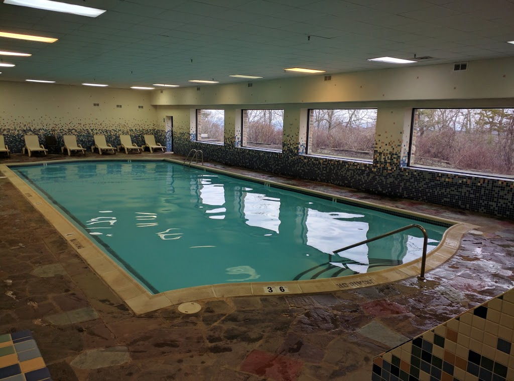 Pocono Manor Resort & Spa - lodging  | Photo 9 of 10 | Address: 1 Manor Dr, Pocono Manor, PA 18349, USA | Phone: (800) 233-8150