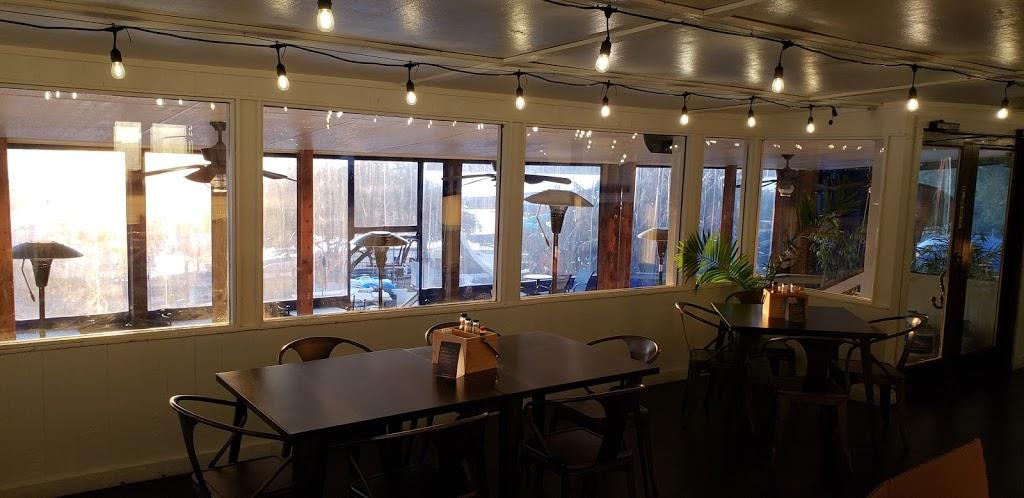 Beachside Billys - restaurant  | Photo 1 of 10 | Address: 16107 FM2769, Volente, TX 78641, USA | Phone: (512) 258-5110