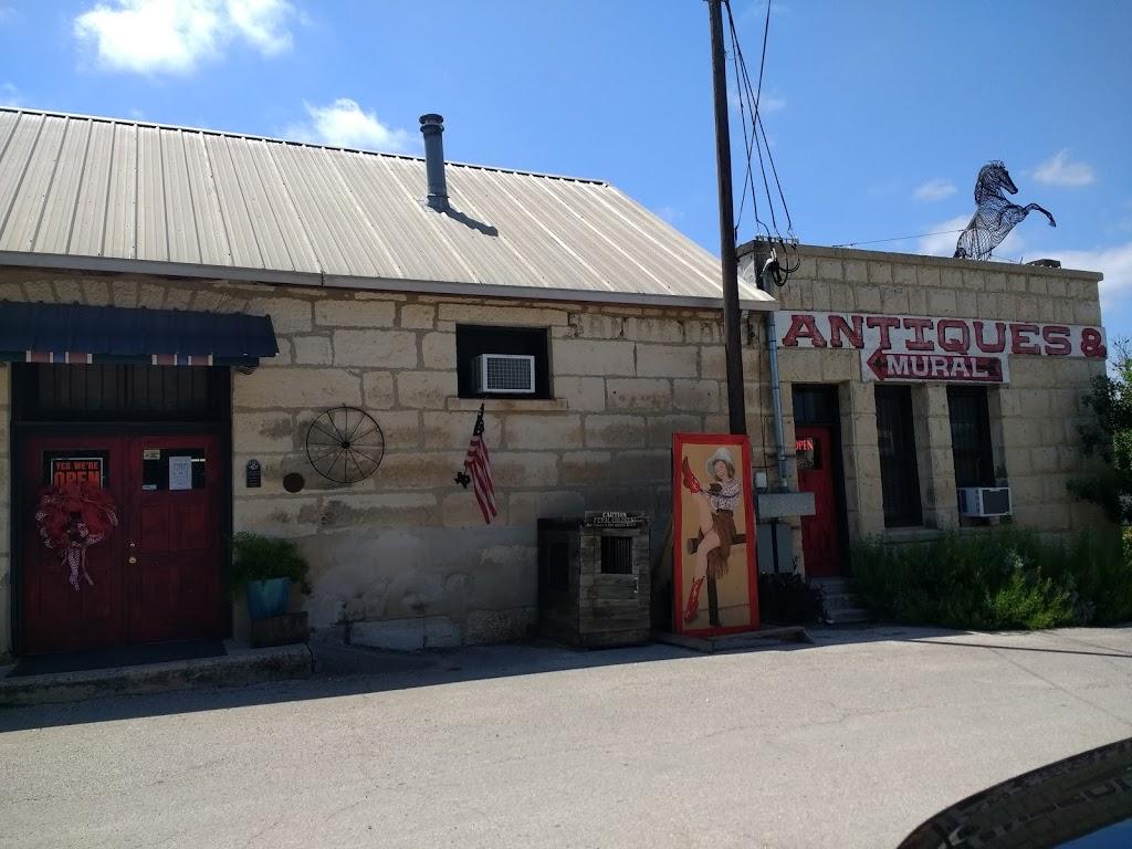 Bandera County Convention & Visitors Bureau - travel agency  | Photo 1 of 10 | Address: 126 TX-16, Bandera, TX 78003, USA | Phone: (830) 796-3045