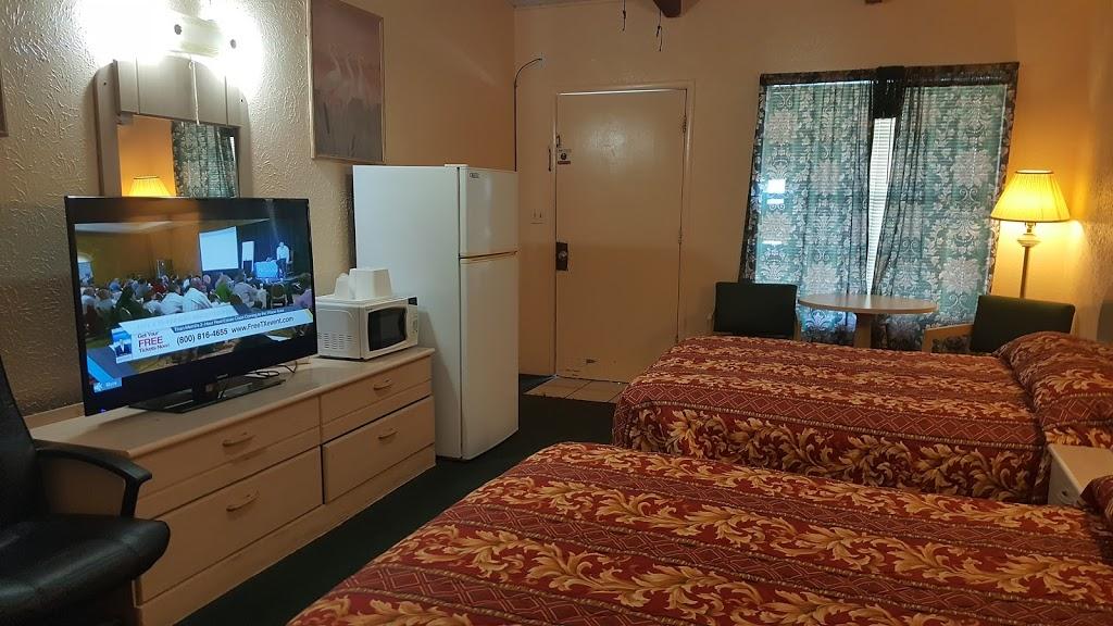 Relax Inn - lodging    Photo 10 of 10   Address: 1230 US-84, Goldthwaite, TX 76844, USA   Phone: (325) 648-2288