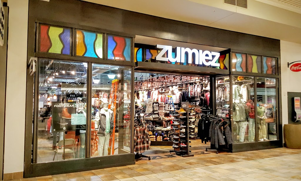 Zumiez - clothing store  | Photo 1 of 1 | Address: 6020 82nd St #332A, Indianapolis, IN 46250, USA | Phone: (317) 579-9534