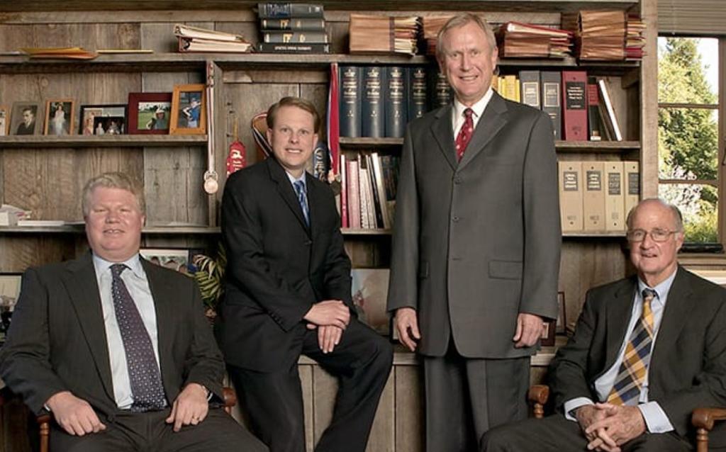 Pedder, Hesseltine, Walker & Toth, LLP - lawyer    Photo 4 of 10   Address: 3445 Golden Gate Way, Lafayette, CA 94549, USA   Phone: (925) 283-6816
