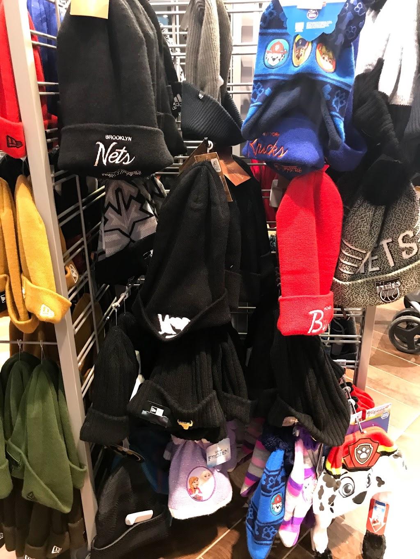 Lids - clothing store    Photo 7 of 8   Address: 1400 Willowbrook Mall #2065, Wayne, NJ 07470, USA   Phone: (973) 256-0040