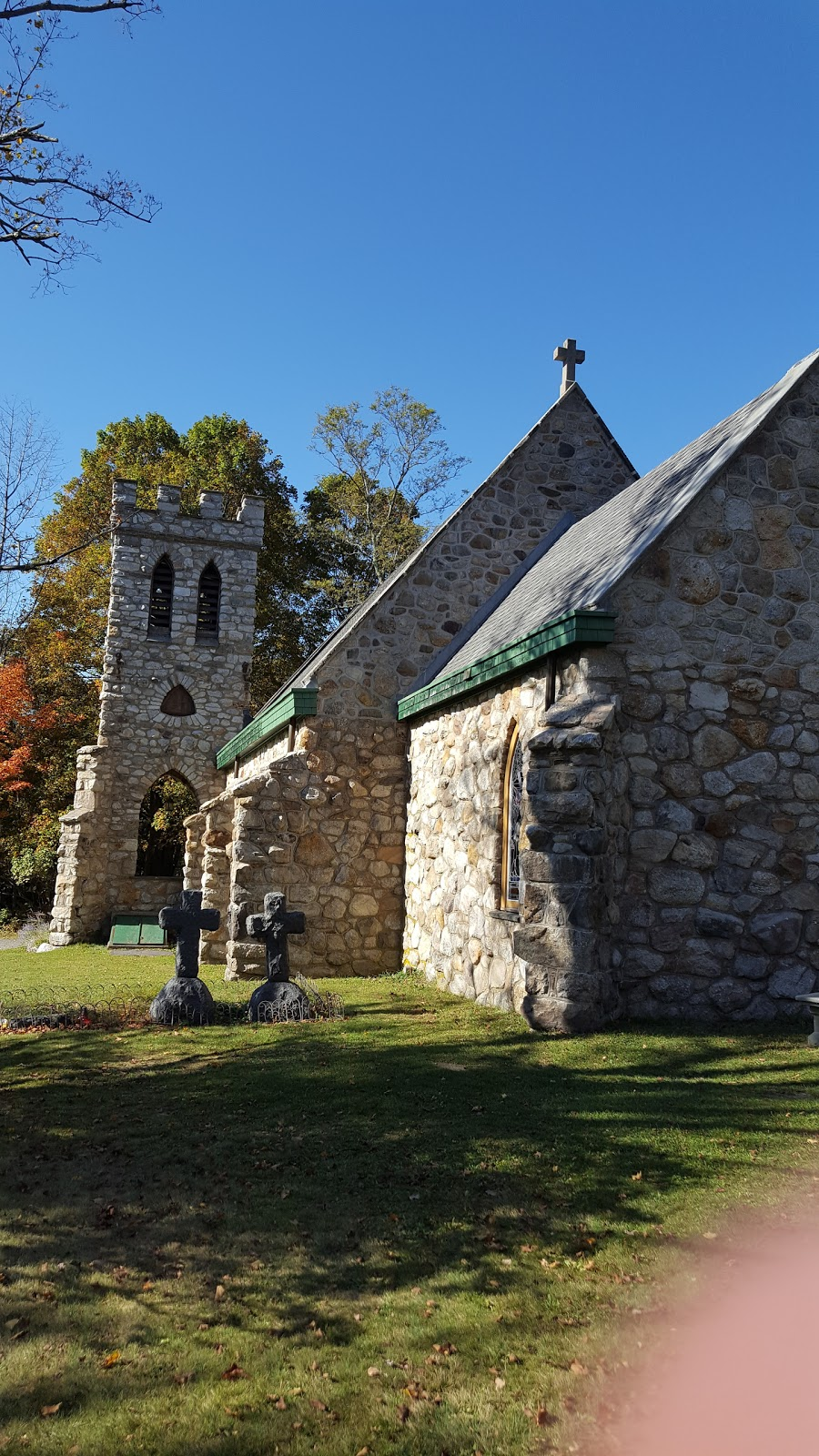 Cragsmoor Stone Church - church  | Photo 9 of 10 | Address: 280 Henry Rd, Cragsmoor, NY 12420, USA
