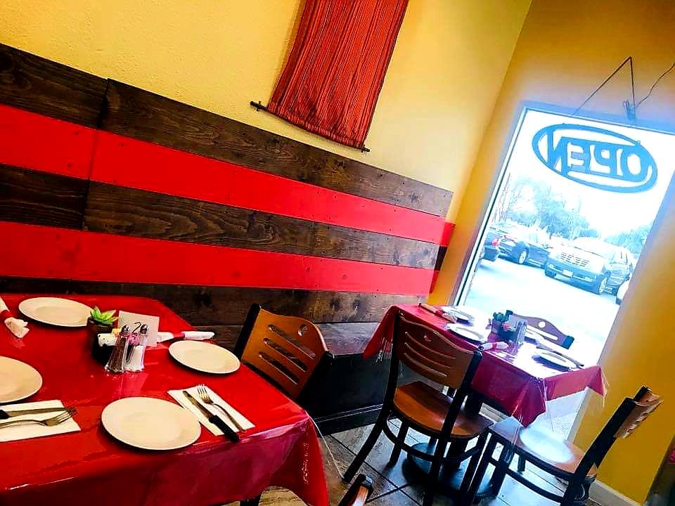 Salsas Mexican Restaurant & Grill - restaurant  | Photo 2 of 10 | Address: 5517 McPherson Rd Suite 7A, Laredo, TX 78041, USA | Phone: (956) 462-7250
