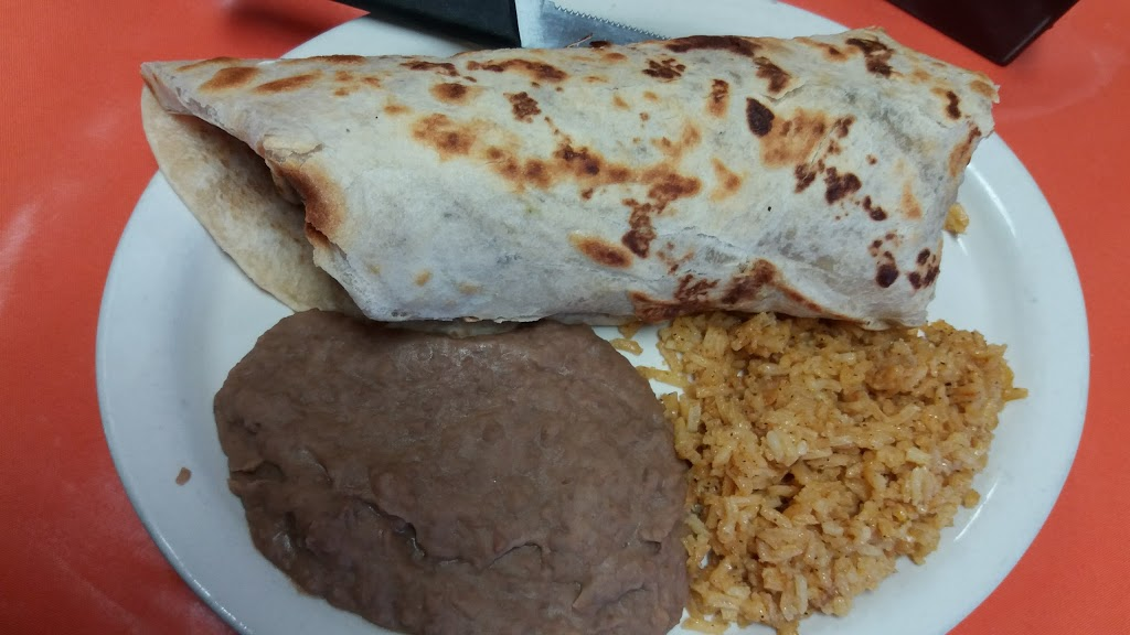 El Corral Tex-Mex Restaurant - restaurant  | Photo 9 of 10 | Address: 1415 N 14th St, Kingsville, TX 78363, USA | Phone: (361) 592-1574
