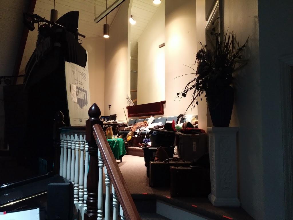Grace Bible Church - church    Photo 7 of 10   Address: 1700 Edwardsburg Ave, Elkhart, IN 46514, USA   Phone: (574) 264-7333