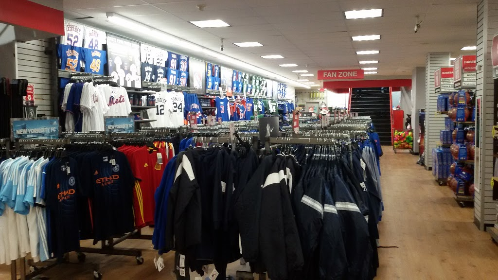 Modells Sporting Goods - store  | Photo 5 of 10 | Address: 234 W 42nd St, New York, NY 10036, USA | Phone: (800) 275-6633