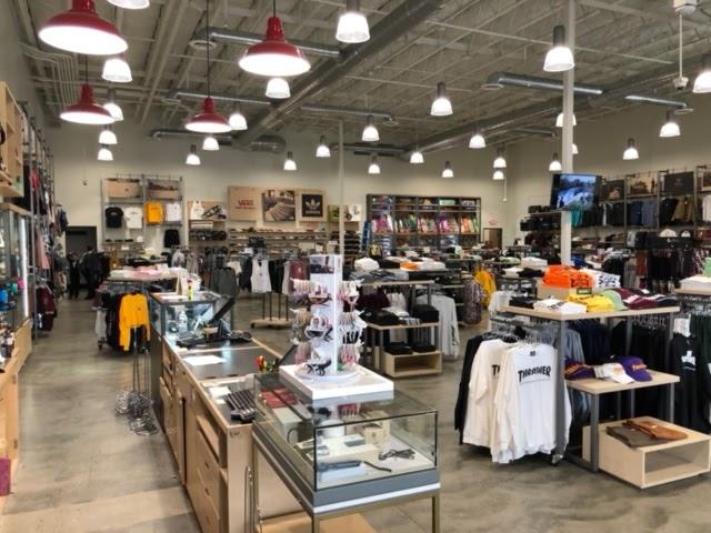 Active Ride Shop - clothing store  | Photo 6 of 9 | Address: 30099 Haun Rd, Menifee, CA 92584, USA | Phone: (951) 267-2550