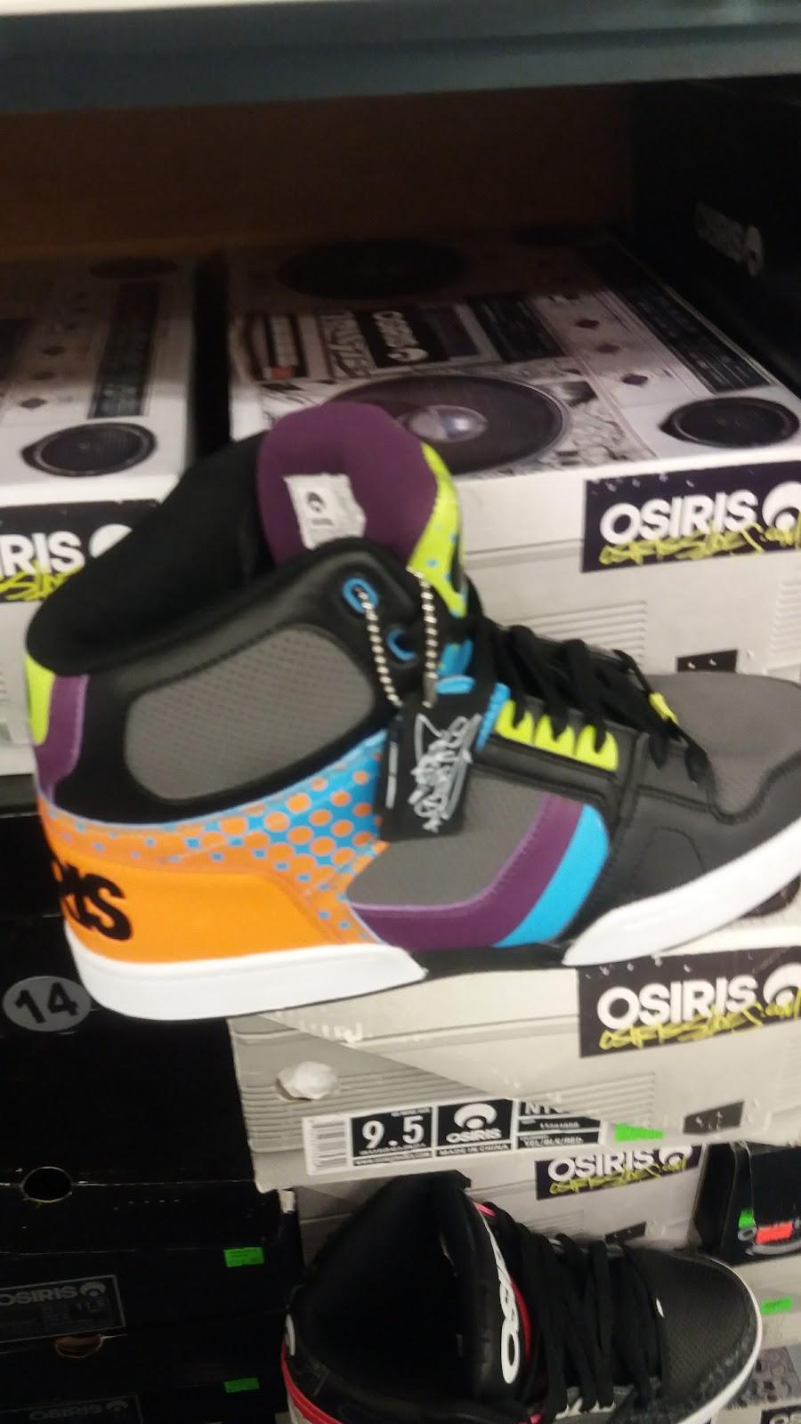 Rogans Shoes - shoe store  | Photo 6 of 10 | Address: 649 S Taylor Dr, Sheboygan, WI 53081, USA | Phone: (920) 451-0188