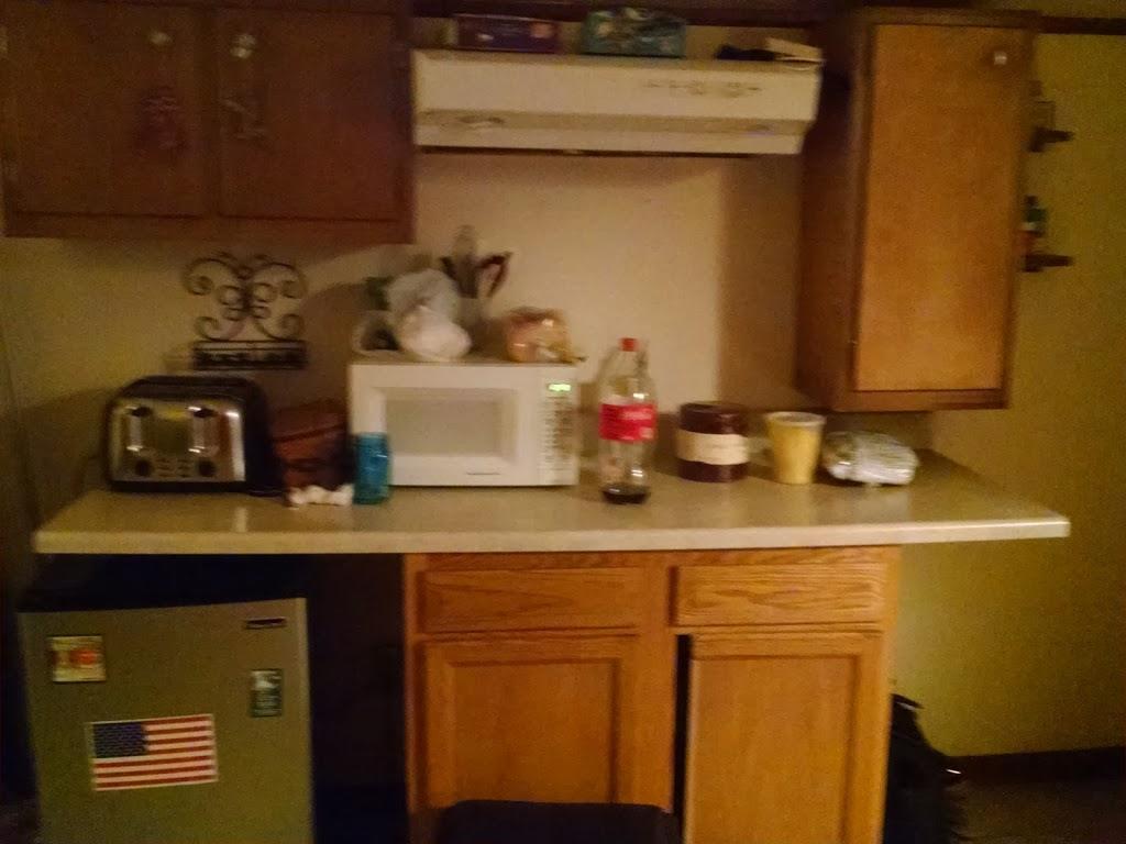 Zooks Motel - lodging  | Photo 2 of 10 | Address: 103 E Main St, Leola, PA 17540, USA | Phone: (717) 656-3313