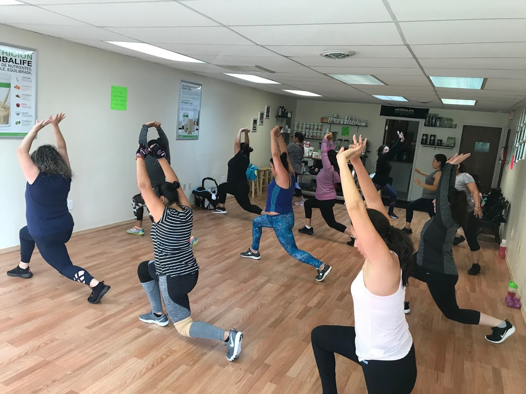 Maggie's fit club & nutrition - gym    Photo 2 of 7   Address: 2808A W Forest Home Ave, Milwaukee, WI 53215, USA   Phone: (414) 544-5530