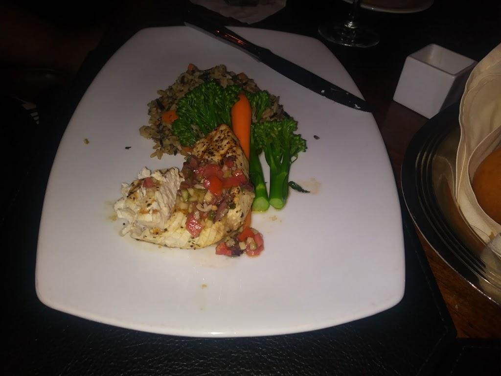 Golfers Lounge - restaurant  | Photo 5 of 6 | Address: 1 Trump National Dr, Rancho Palos Verdes, CA 90275, USA | Phone: (310) 303-3260