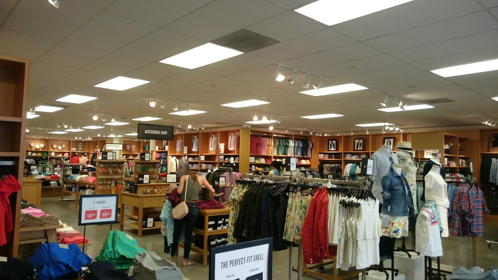J.Crew Factory - clothing store  | Photo 2 of 10 | Address: 4401 N Interstate Hwy 35 Suite 539, Round Rock, TX 78664, USA | Phone: (512) 869-2096