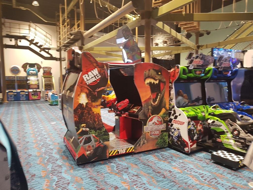 Pla-Mor Family Entertainment Center - bowling alley  | Photo 5 of 10 | Address: 2819 NE Bob Bullock Loop, Laredo, TX 78045, USA | Phone: (956) 284-2628