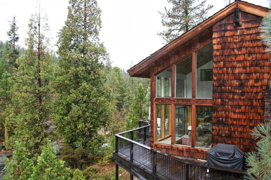Cabin On The River - lodging  | Photo 2 of 8 | Address: 28757 Herring Creek Ln, Strawberry, CA 95375, USA | Phone: (800) 965-3884