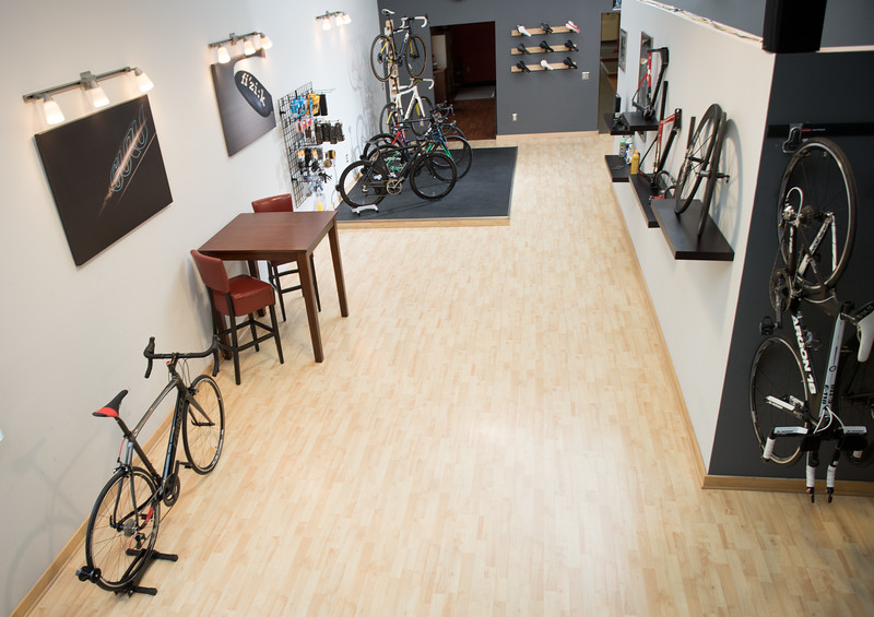 Rocket Bicycle Studio, LLC - bicycle store  | Photo 7 of 10 | Address: 507 Bruce St, Verona, WI 53593, USA | Phone: (608) 239-3837