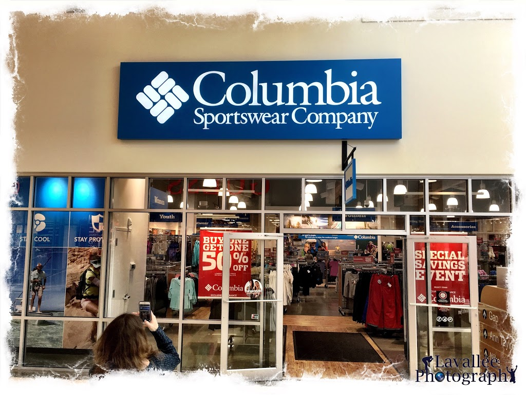 Columbia Factory Store - clothing store  | Photo 4 of 9 | Address: 455 Trolley Line Blvd #310, Mashantucket, CT 06338, USA | Phone: (860) 319-8007