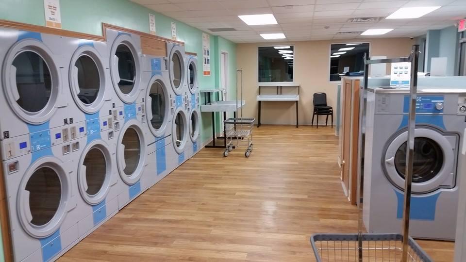 New Glarus Wäsche Center and Storage - car wash  | Photo 5 of 10 | Address: 1500 WI-69 Box 595, New Glarus, WI 53574, USA | Phone: (608) 620-4287