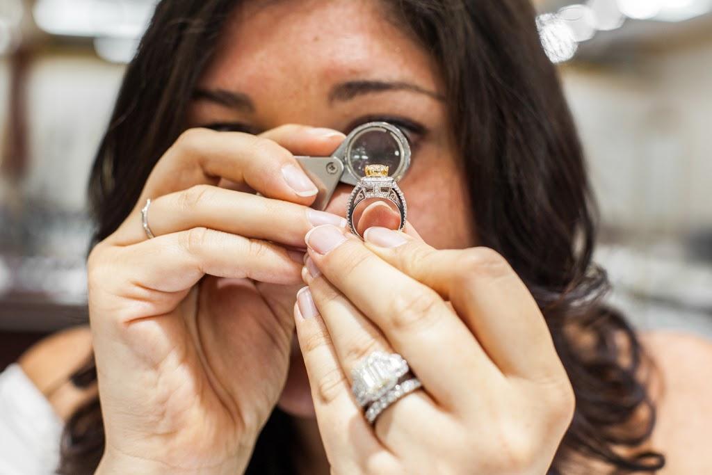 Lidyas Jewelry - jewelry store  | Photo 10 of 10 | Address: 515 River Rd, Edgewater, NJ 07020, USA | Phone: (201) 945-8985