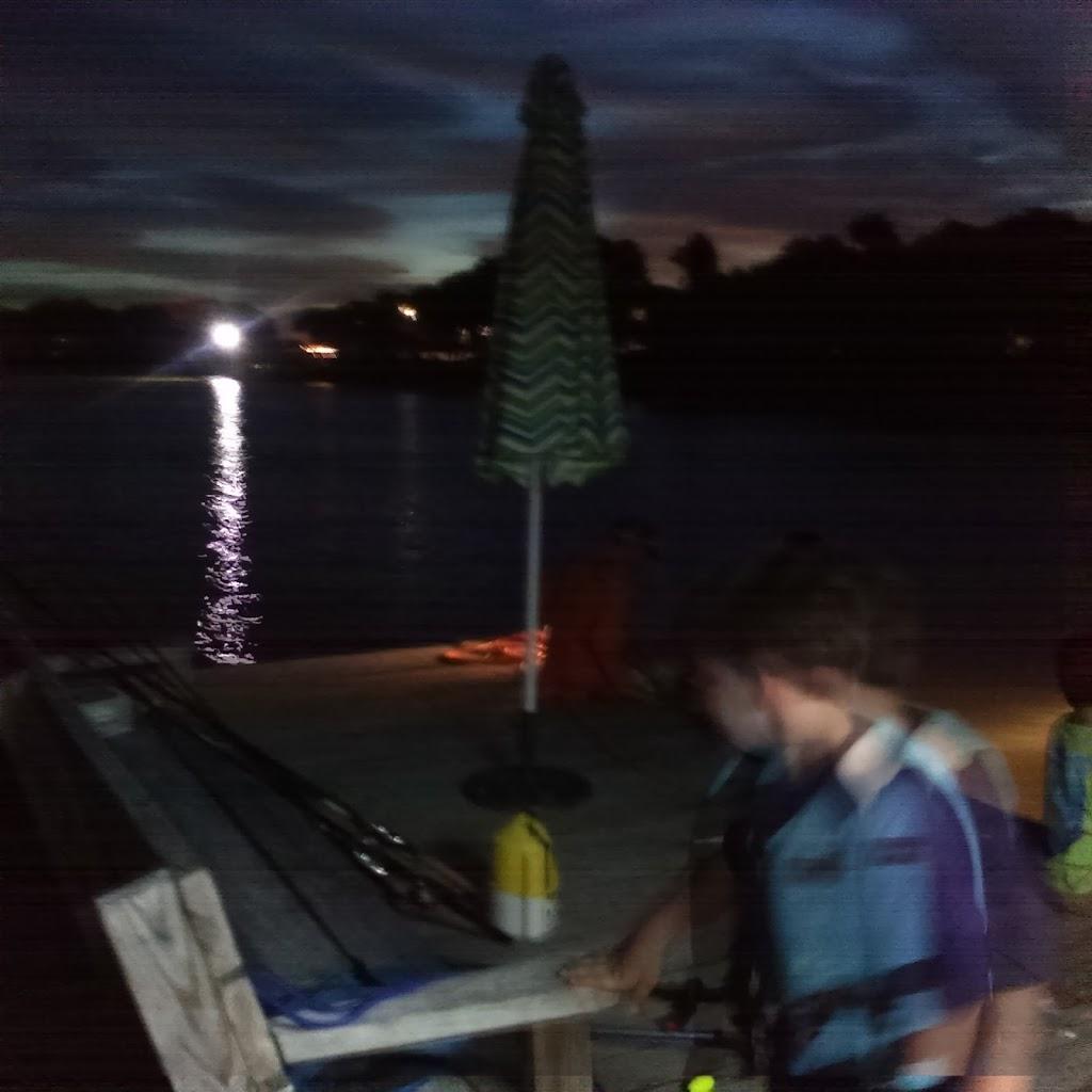 Big Fish Haus Vacation Rental - lodging  | Photo 10 of 10 | Address: 201 Creekside Dr, Sargent, TX 77414, USA | Phone: (979) 493-6121