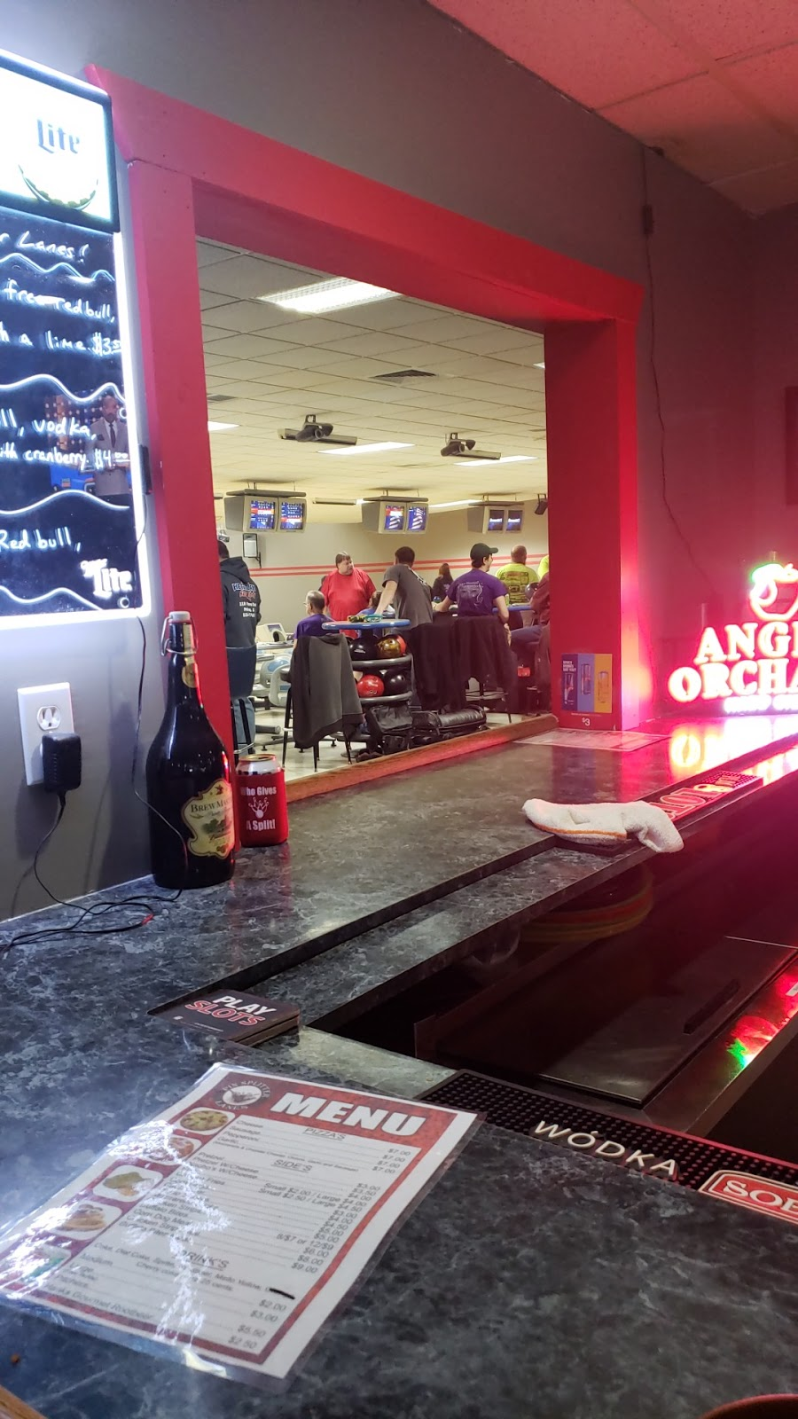 Pin Splitter Lanes - bowling alley  | Photo 3 of 10 | Address: 1402 W Peru St, Princeton, IL 61356, USA | Phone: (815) 879-5811
