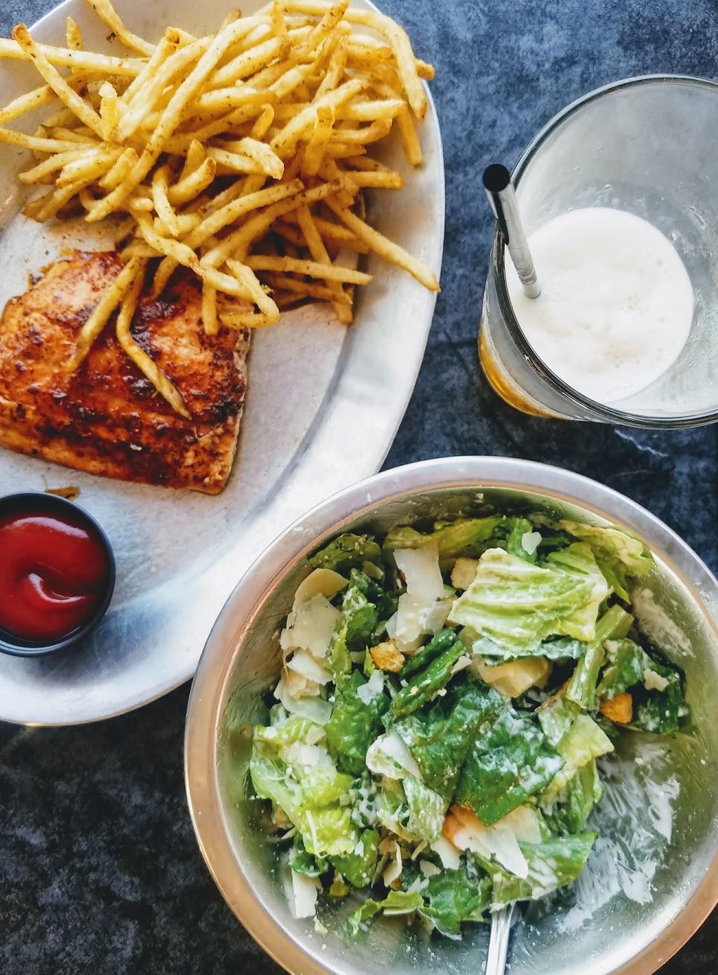 Shack 512 - restaurant  | Photo 10 of 10 | Address: 8714 Lime Creek Rd, Volente, TX 78641, USA | Phone: (512) 547-7610
