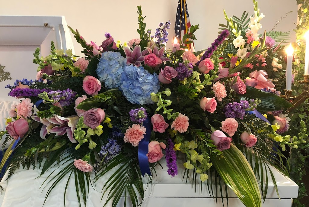 Pittsburg Floral & Weddings   florist   75 County Rd 4325, Pittsburg, TX 75686, USA   9038567779 OR +1 903-856-7779